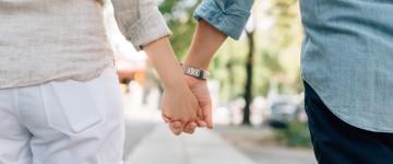 10 signes qui montrent que votre boss a le béguin pour vous