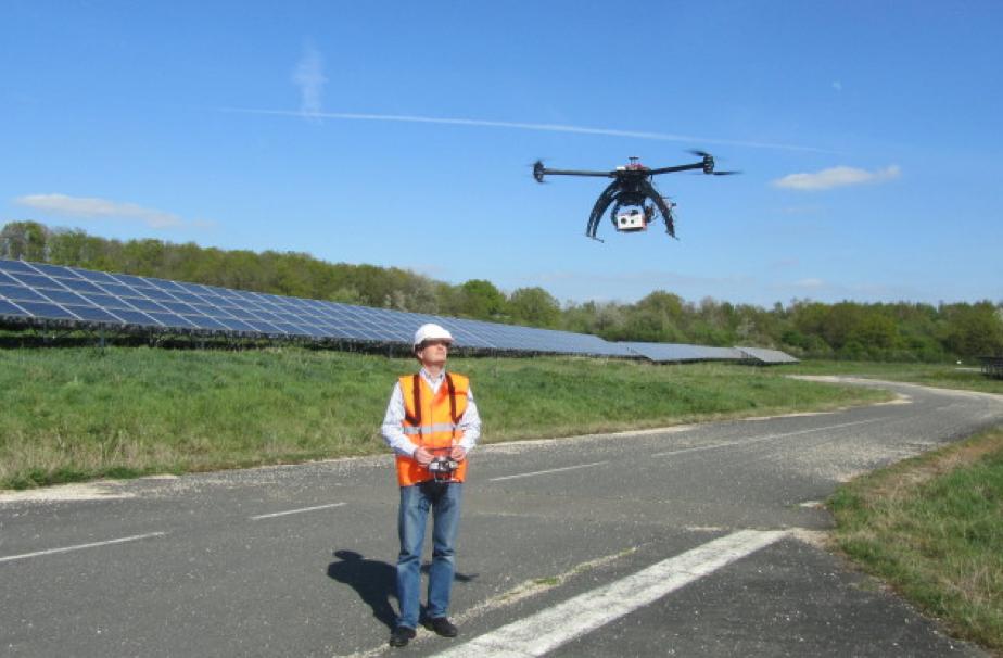 un nouveau m u00e9tier   pilote de drone