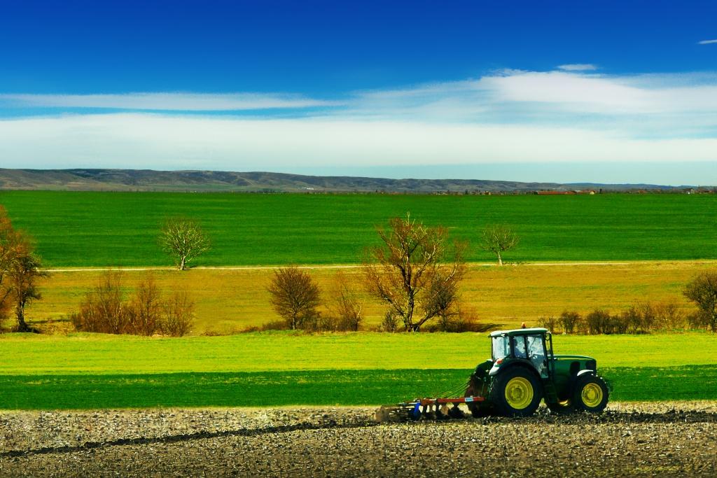 480 000 exploitations agricoles en france en 2014